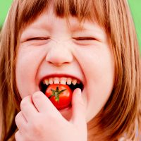 Should You Raise Your Kids Vegetarian (or Even Vegan)?