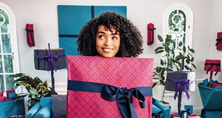 Yara Shahidi Stars in Tory Burch's New Holiday Campaign!