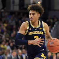 After cruising through first 8 games, No. 5 Michigan gets big scare from Northwestern