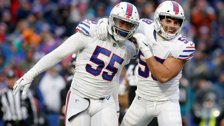 'He called me a b—-': Bills' Jerry Hughes confronts NFL official after game