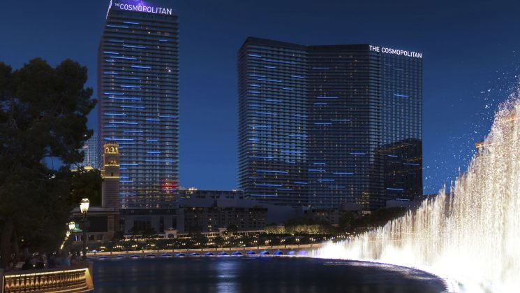 Las Vegas: Cosmopolitan hotel to drop parking fees. Will others follow?