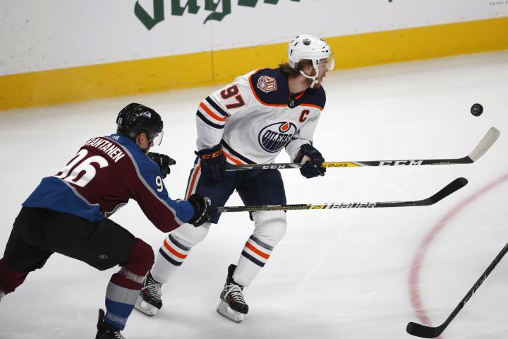 Edmonton Oilers sink Avs for fourth-straight win