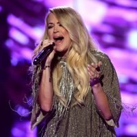 Carrie Underwood's Sunday Night Football Theme Sucks And Nobody Should Kiss Her Sensitive Ass