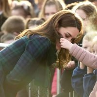 Kate Middleton has touching moment with sweet little girl who strokes her hair