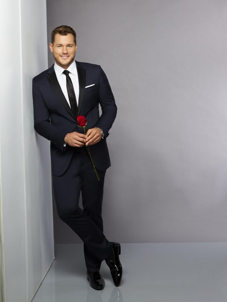 The Funniest Tweets About The Bachelor Premiere: Even 'Braveheart Wasn't Three Hours'