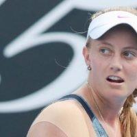 Aussie qualifier Zoe Hives falls in second round