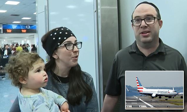 Detroit family kicked off American Airlines because of BODY ODOR