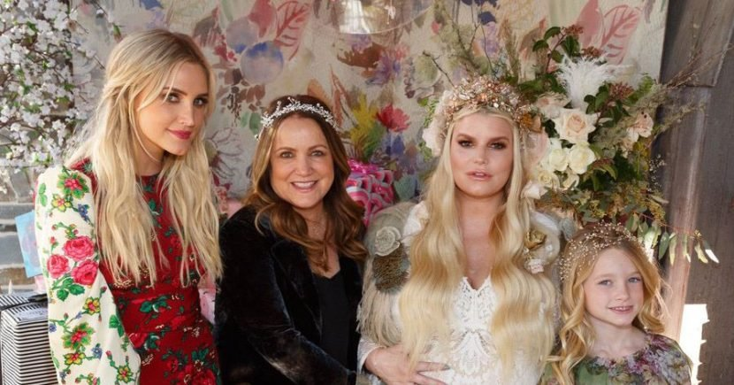 Jessica Simpson Reveals Daughter's Name at Her Baby Shower: Pics