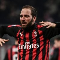 4am Chelsea news: Chelsea must agree permanent deal for Higuain , Morata spotted in Spain and Leandro Paredes offered to Sarri