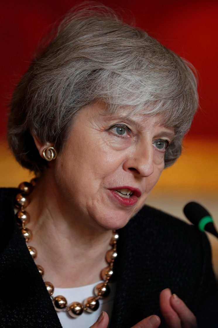 Theresa May dealt Brexit blow by DUP as they rebuffed her charm offensive