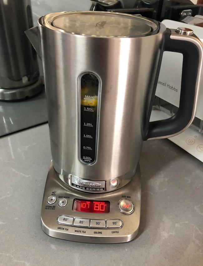Mum makes her hard water-stained kettle look brand new with two-ingredient trick