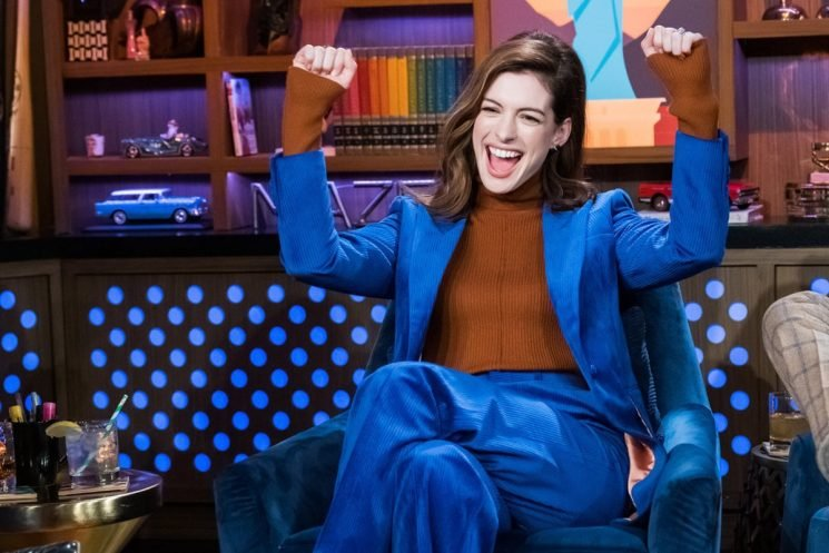 Anne Hathaway Just Gave A SUPER Promising Update On 'Princess Diaries 3'