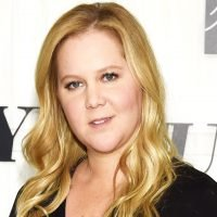 Pregnant Amy Schumer 'Couldn't Have Worn a Worse Bra' on Red Carpet