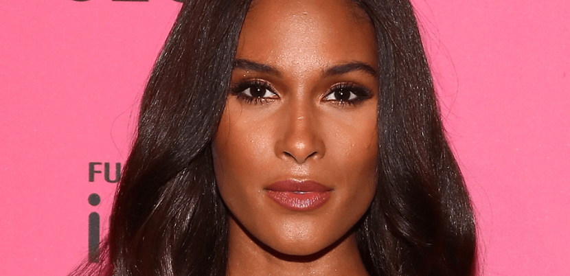 Cindy Bruna Flaunts Curves In Thin-Strapped Swimsuit On Instagram