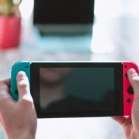 Nintendo Drops Switch Sales Forecast, Nearly Halves 3DS Despite Strong Holiday