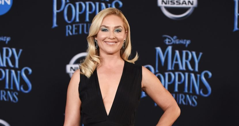 Elisabeth Röhm Gets Candid About Co-Parenting — and Dating! — Five Years After Divorce