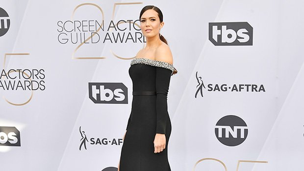 Mandy Moore Wore Curve-Hugging Black Dress At The SAG Awards – Pics