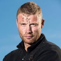 When does Freddie Flintoff start on Top Gear, what is his boxing record and who is his wife?