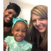 Mother of Five Thanks Stranger Who Taught Her How to Care for Her Black Daughter's Hair