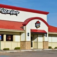 Pizza Hut UK apologizes to 'heartbroken' vegan that was accidentally served dairy