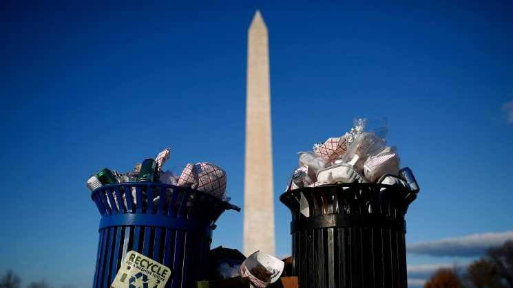 See shocking photos of trash piling up at national parks, monuments amid government shutdown