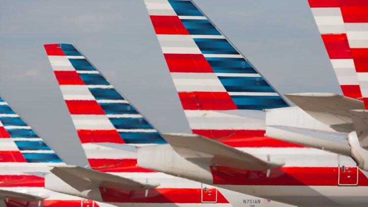 American Airlines pilots, flight attendants fall ill on Philadelphia to Florida flight