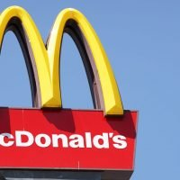 McDonald's employees praised for reopening restaurant for little girls after father's DUI arrest