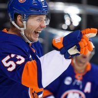 Islanders Quickly Leave the League-Leading Lightning Behind