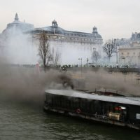 Restaurant ablaze on eighth weekend of 'yellow vest' protests in France