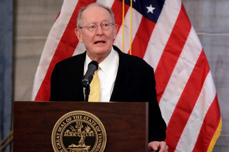 Lamar Alexander to Trump: Reconsider emergency declaration or risk GOP rebellion