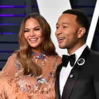 Chrissy Teigen's Tweets About Reporters' Questions For John Legend Are So Important
