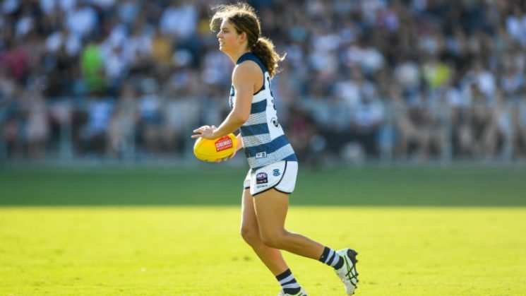 AFLW star Nina Morrison out for the season after injuring ACL