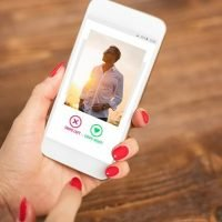 Researchers develop AI that detects fake profiles on dating apps