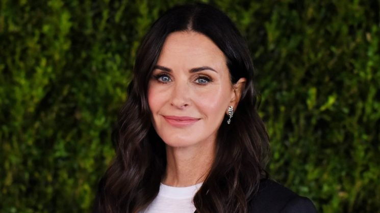 Courteney Cox Opens Up About Having 'a Bunch of Miscarriages'