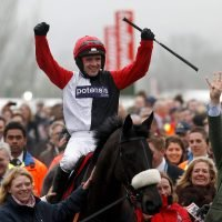 Sun Racing Stayers' Hurdle memories: Big Buck's battles bravely to see off nimble Voler La Vedette in 2012 nail-biter