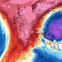 Weather forecast – UK to be hotter than Egypt as Sahara plume brings 20C weekend