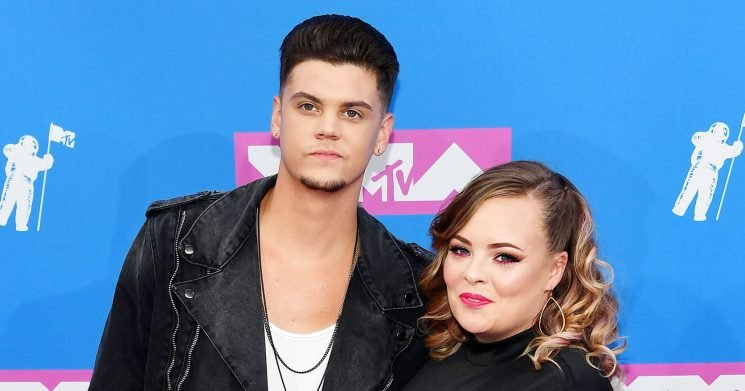 Pregnant Catelynn Lowell Starts Having Contractions: She 'Wants to Come'