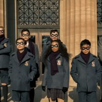 'The Umbrella Academy' Review: This Netflix Superhero Blockbuster Has an Inferiority Complex