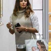 In the Bag! Eva Longoria Carries Purse Featuring Son Santiago's Picture – and This Sweet Message