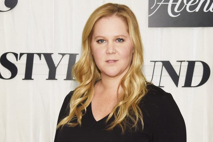 Pregnancy complications force Amy Schumer to cancel tour