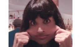 Jameela Jamil Reveals She Has Rare Syndrome That Causes Loose Skin and Extremely Flexible Joints