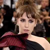 Lena Dunham Just Posted A Lingerie Photo To Address Her Weight Gain
