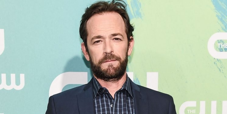 '90210' Actor Luke Perry Reportedly Hospitalized After Massive Stroke