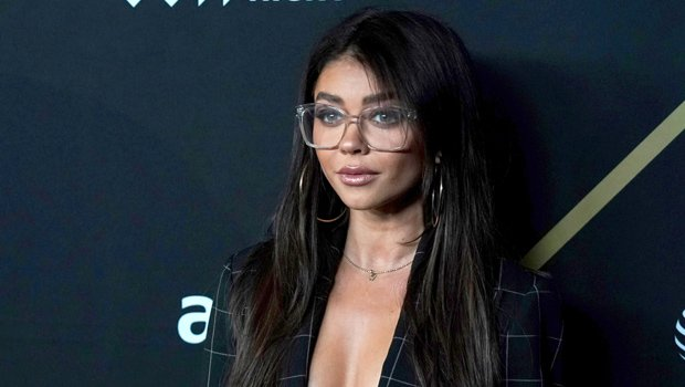 Sarah Hyland Looks Hot AF In Tiny Bra Top Under Open Blazer For Super Bowl Party – See Pic