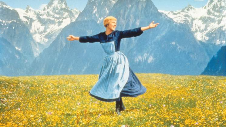I Tried Hypnotherapy for the First Time & Ended by Thanking Julie Andrews