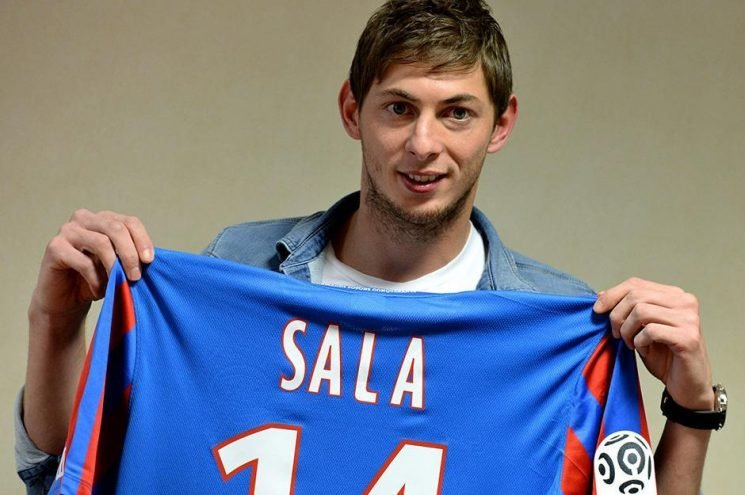 Cardiff risk transfer ban if they refuse to cough up first instalment of £15m Sala fee