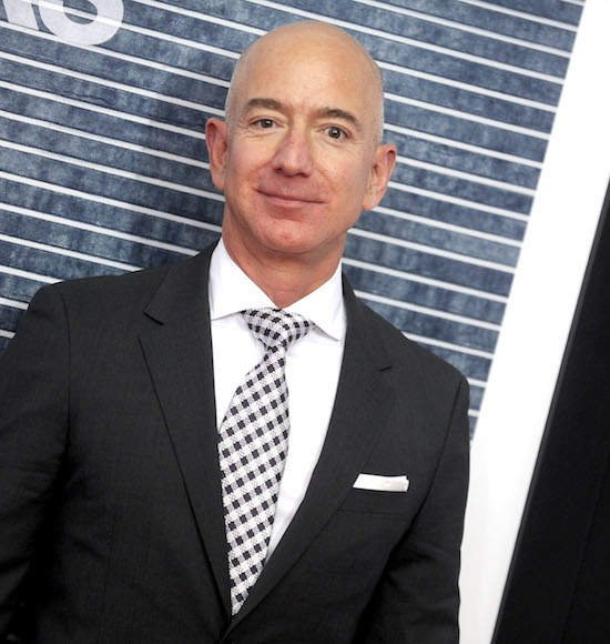 Jeff Bezos Wants To Know How The National Enquirer Got Its Hands On His N00dz