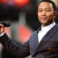 'The Voice' recap: John Legend lands a pair of four-chair-turns in coaching debut