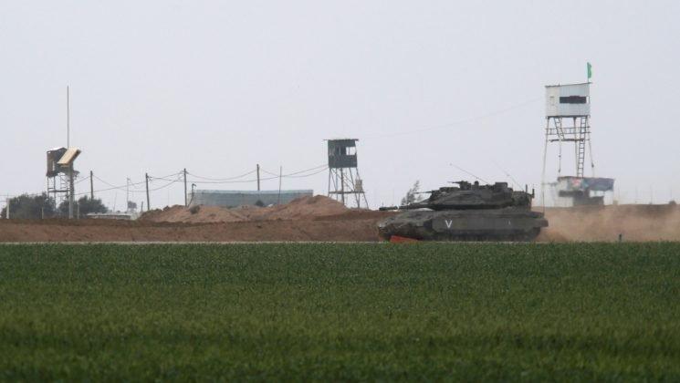 Palestinian teenagers killed in Israeli air raids