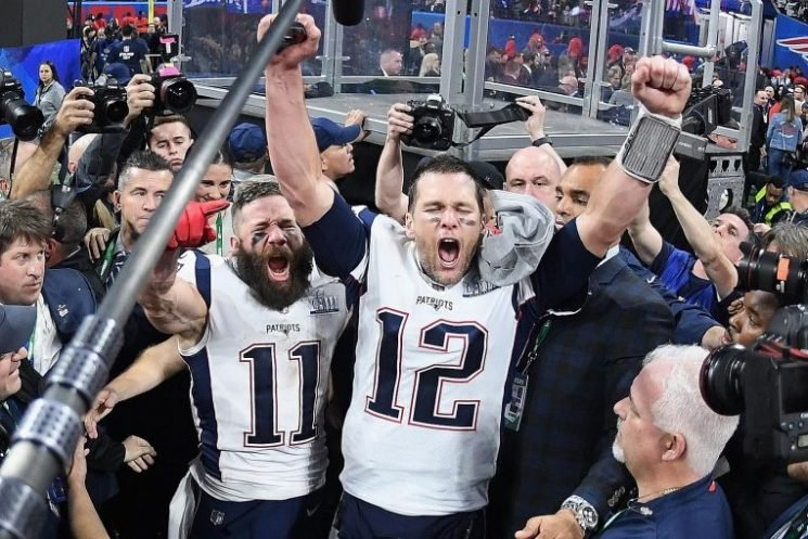 NFL: Patriots' old goats star in silence of the Rams